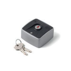 Contact à clé mécanique (ouverture / fermeture)
